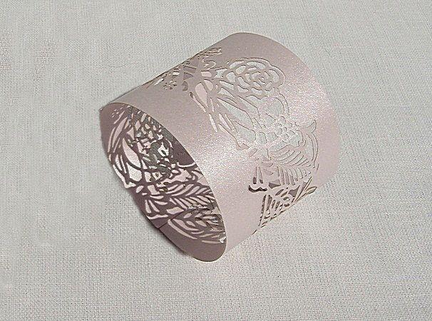 Pásek na ubrousky - dekor květy; světlá lila - 12ks