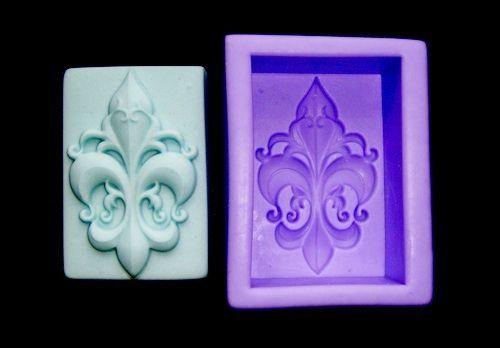 Silikonová formička - ornament lilie